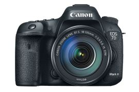 Canon EOS 7D Mark II EF-S 18–135mm IS STM Kit - disabled
