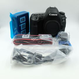 Canon EOS 5D MARK IV DSLR Body Camera- Pixel Certified Pre-Owned