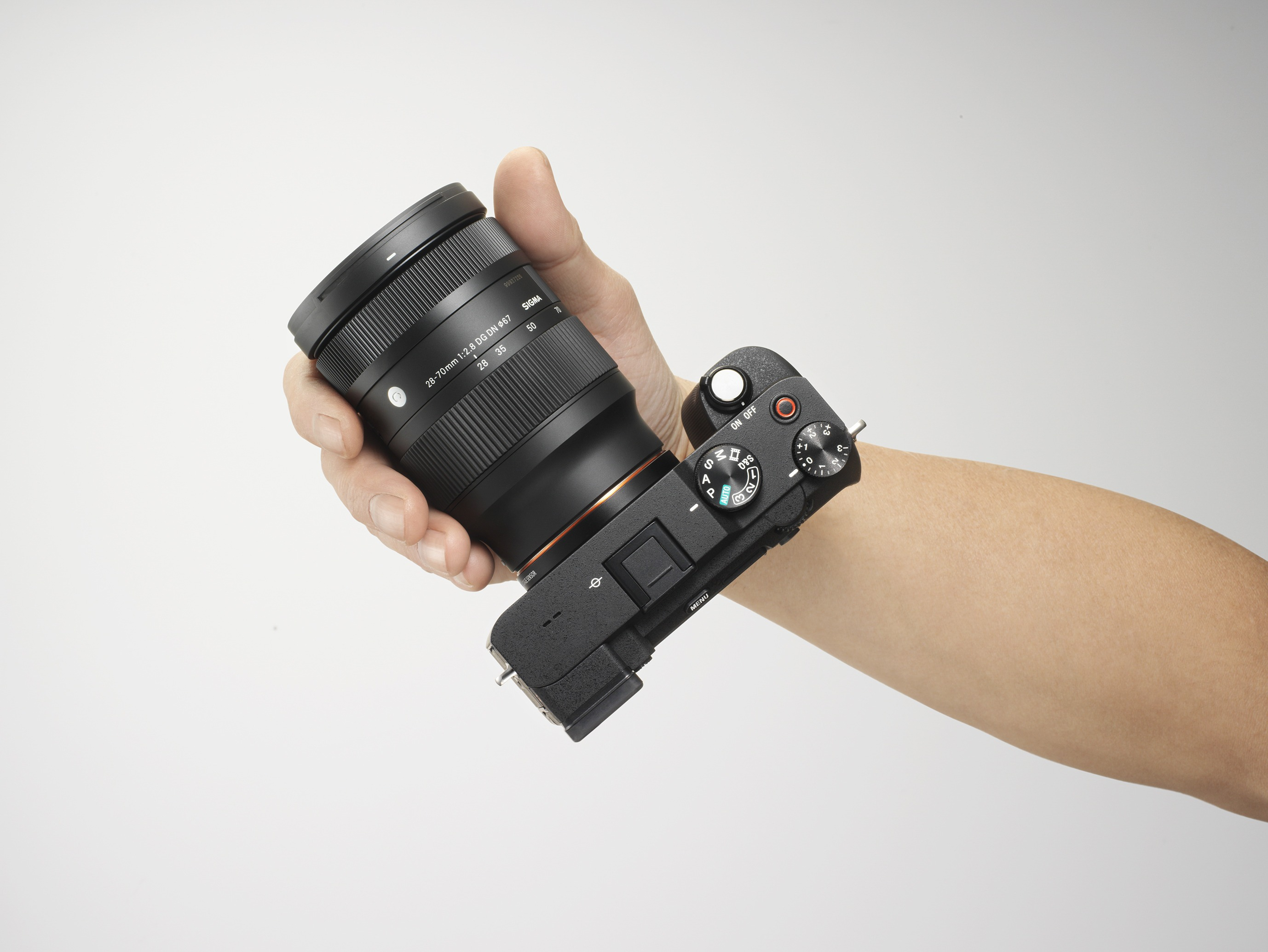 A First Look At Sigma's 28-70mm f/2.8 DG DN Contemporary